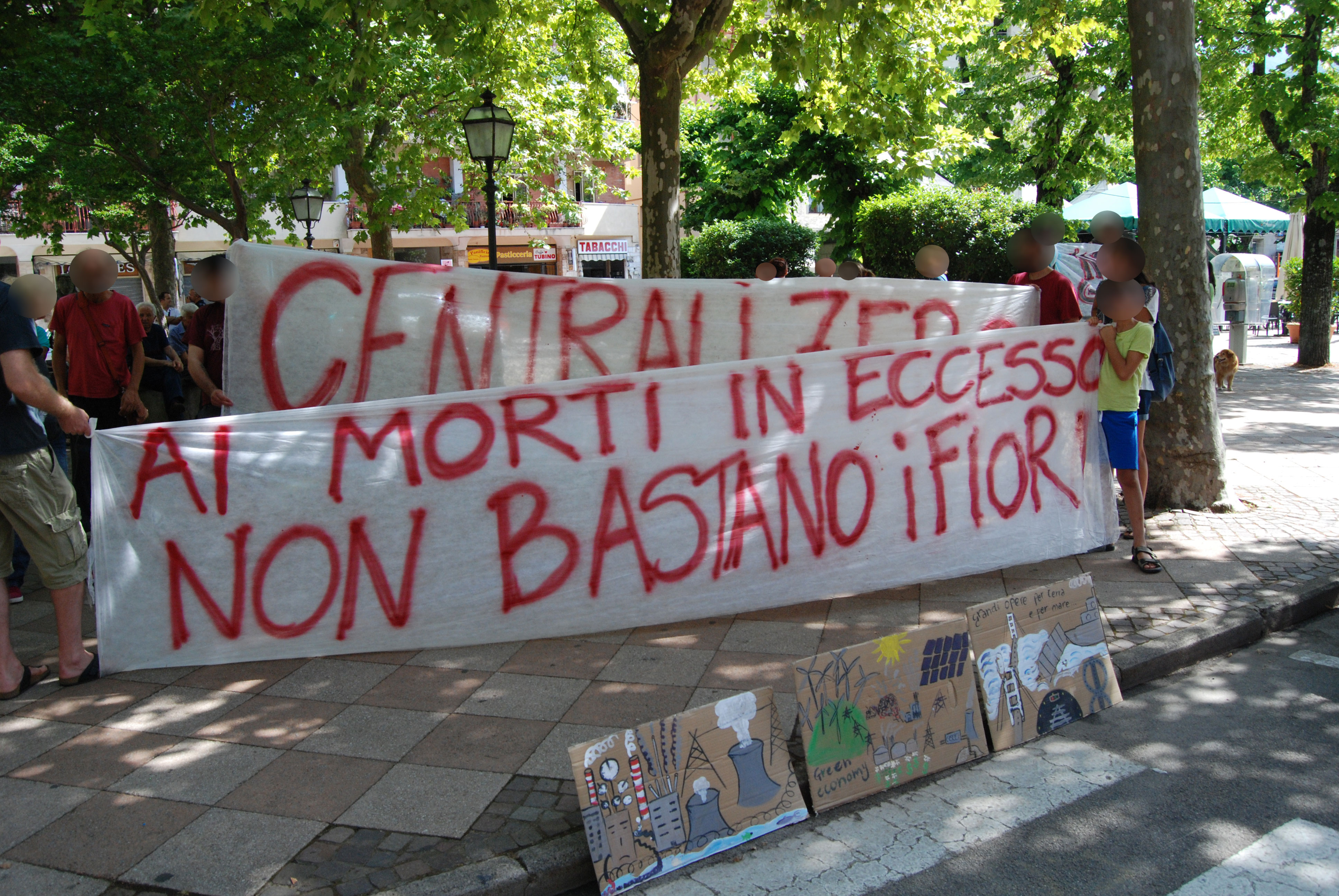 Contestazione al presidente regione Toscana Enrico Rossi